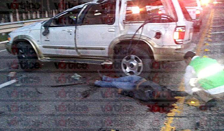 Aparatosa volcadura deja un muerto y seis heridos en San Cristóbal