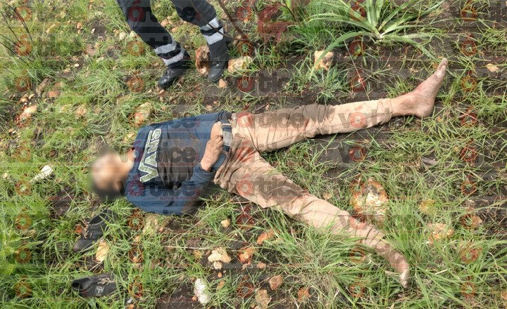 Bebió ácido y tras correr varios metros falleció en un terreno baldío