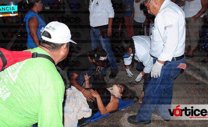 Embisten a jovencita embarazada en Chiapa de Corzo; está delicada
