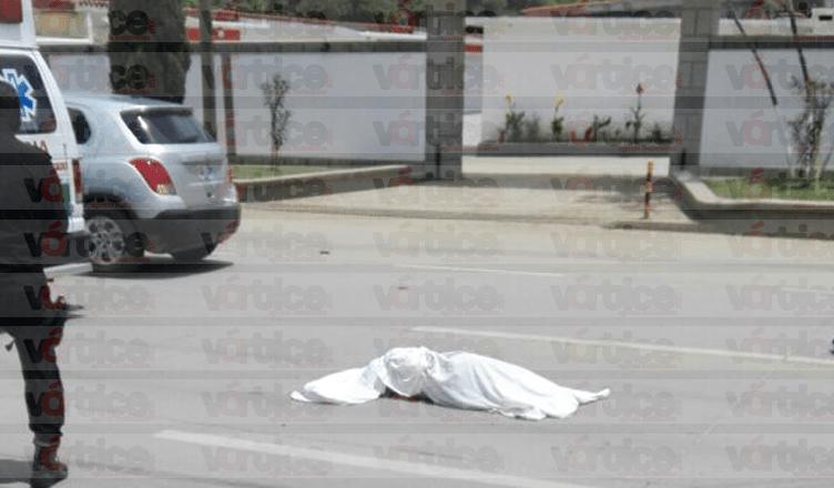 Motociclista atropella y mata a una mujer en la vía Tuxtla-Chiapa