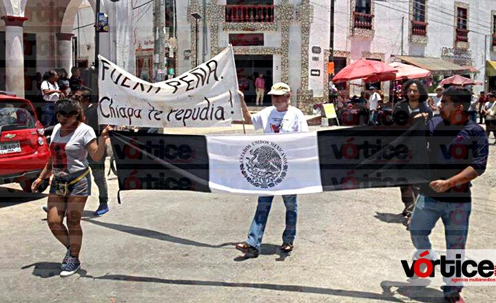 Rechazan chiapacorceños visita de Enrique Peña Nieto; lo nombran 'persona non grata'