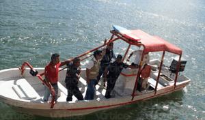 Localizan cadáver de uno de los jóvenes arrastrados por el río en Chiapa de Corzo