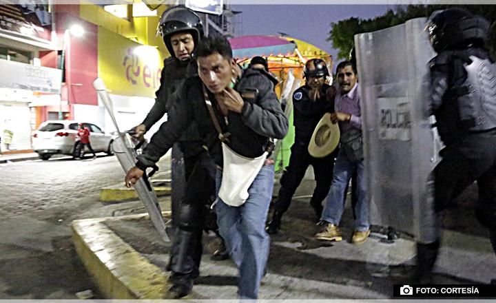 Detienen a 15 manifestantes tras enfrentamiento con la Policía en Chiapas