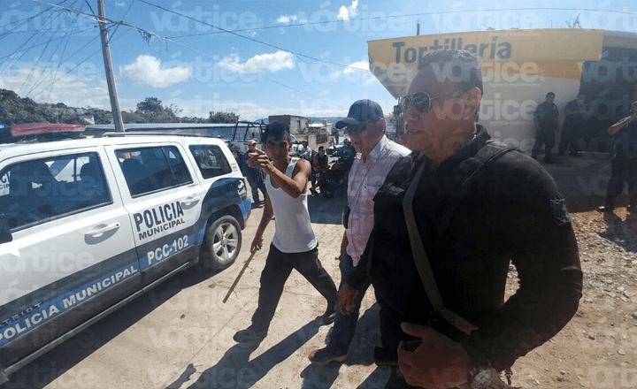 Tortillero recibe un balazo en la cabeza durante riña en Las Granjas