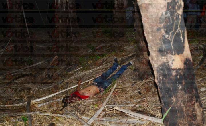 Acuchillan 15 veces a jovencito y lo degüellan en Chiapa de Corzo