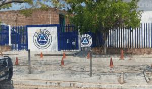 Padres de familia temen por sus hijos tras amenaza de estudiante armado en el Cebech