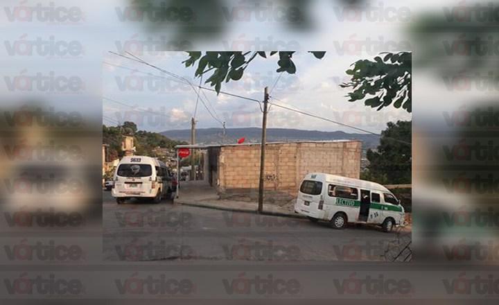 Colonos de la Carlos Salinas de Gortari retienen colectivos tras diversas denuncias