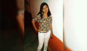 Apuñalan y degüellan a jovencita dentro de su vivienda en Huixtla