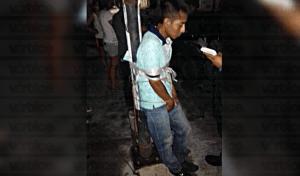 Golpean y amarran a presunto ladrón en San José Terán
