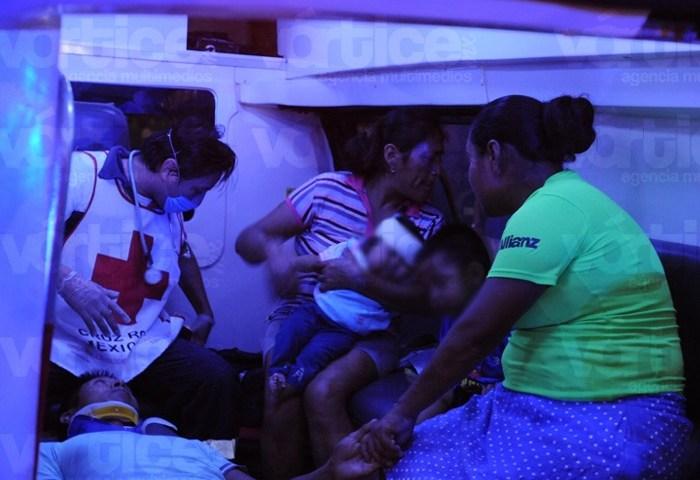 Atropellan a familia tuxtleca; hay dos bebés heridos