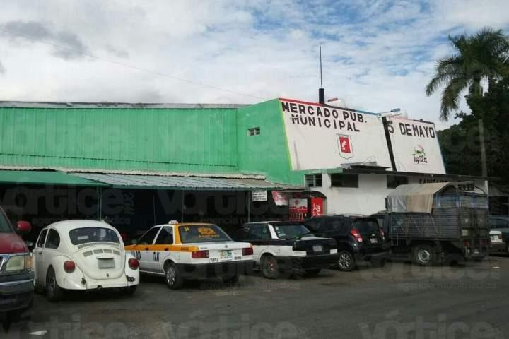 Muere septuagenario en los pasillos del Mercado 5 de Mayo