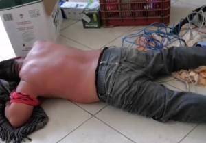 """Comerciantes agarran a """"cinturonazos"""" a presunto ladrón"""