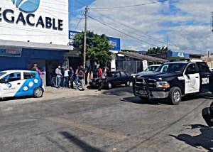 FGE descarta robo a comercio de televisión por cable en Tuxtla