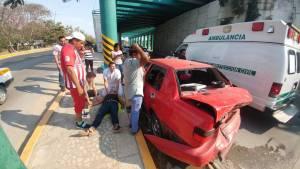 Encontronazo deja tres heridos en Tuxtla
