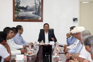 Se reúne fiscal general con el sector ganadero de Chiapas