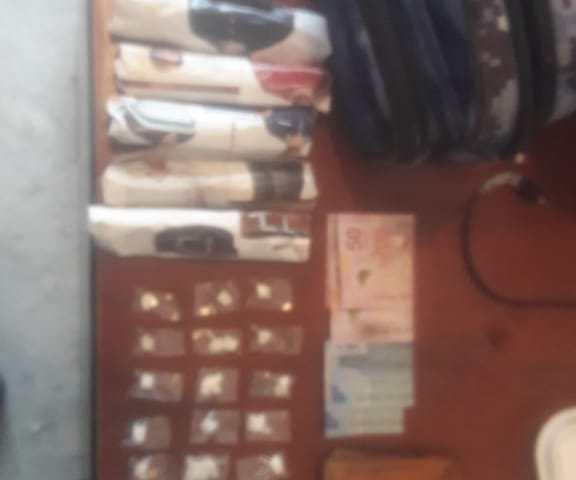 Lleva consigo bolsitas con supuesta droga a Chiapa de Corzo