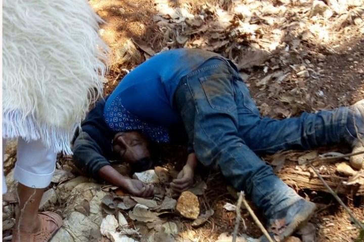 Murió desnucado al caer en un barranco en San Juan Chamula