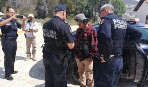 Rescatan a joven que intentaba lanzarse del puente San Cristóbal