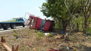 Muere empleado del Ayuntamiento de Mapastepec y 15 más resultan heridos