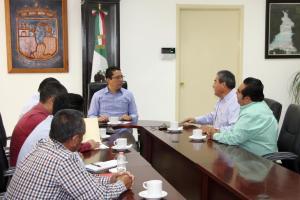 En Chiapas se trabaja para que el transporte público sólo actúe dentro del marco legal: Llaven