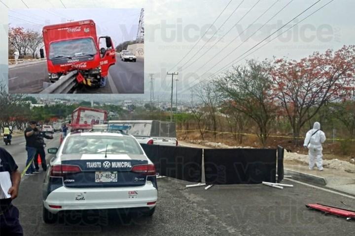 Muere mecánico de la Coca Cola aplastado por el camión que arreglaba