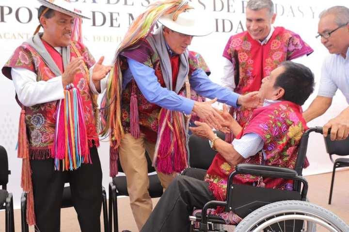 Beneficia Rutilio Escandón a grupos vulnerables de municipios indígenas