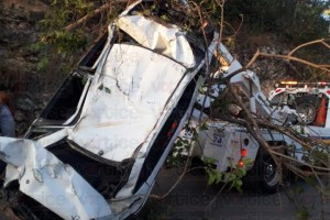 Aparatoso accidente en Suchiapa deja dos heridos
