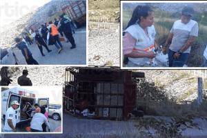 Vuelcan peregrinos en Chicoasén; hay 5 heridos