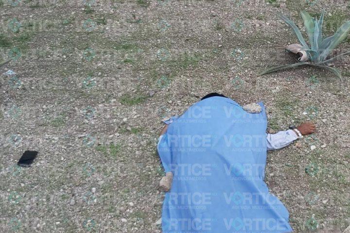 Muere motociclista al estrellarse contra una luminaria en Tuxtla