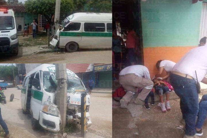 Encontronazo contra poste deja 4 heridos en Tuxtla