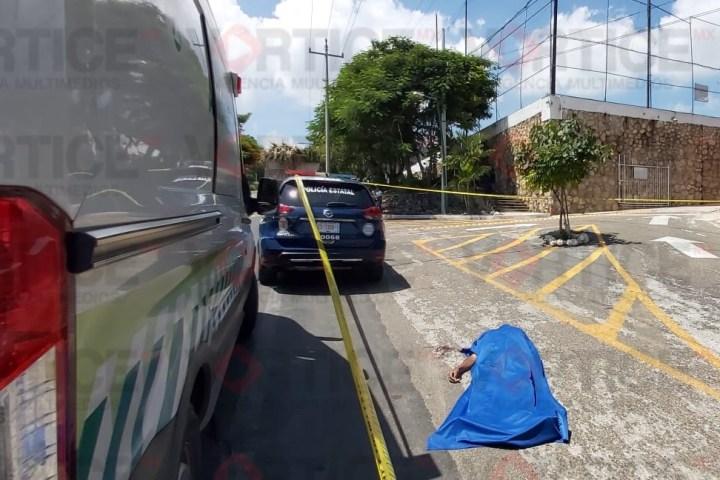 Muere trabajador del Ayuntamiento Municipal tras caer de un Torton