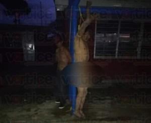 Azotan y cuelgan desnudos a presuntos violadores en Mitontic