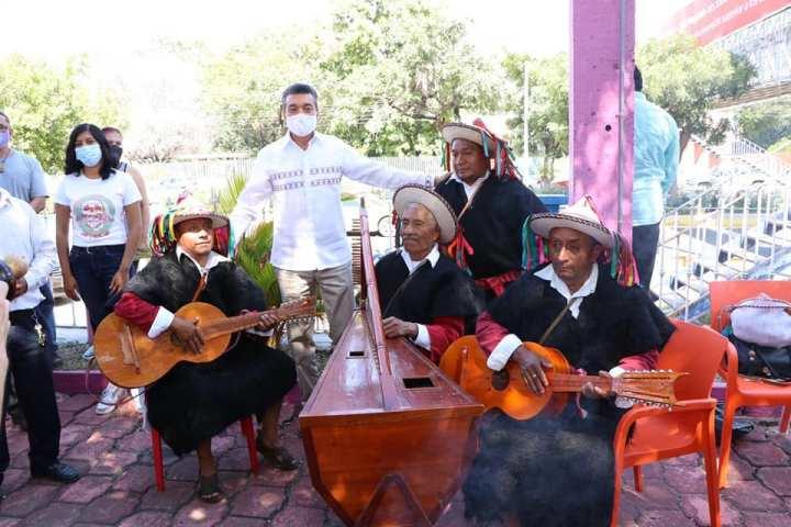 Inaugura Rutilio Escandón instalaciones del Instituto de la Juventud del Estado de Chiapas