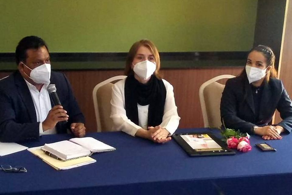 Creman cadáver sin autorización y ahora FGE niega denuncia de Mariana
