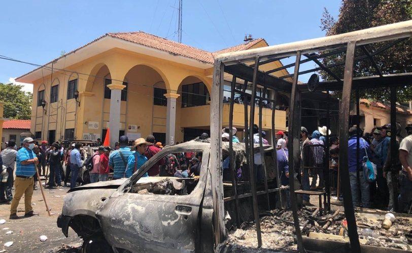 Autodefensa El Machete y pueblo de Pantelhó toman la ciudad