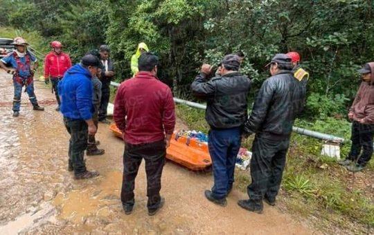 Hallan restos de presunto taxista en una cueva de Huixtán