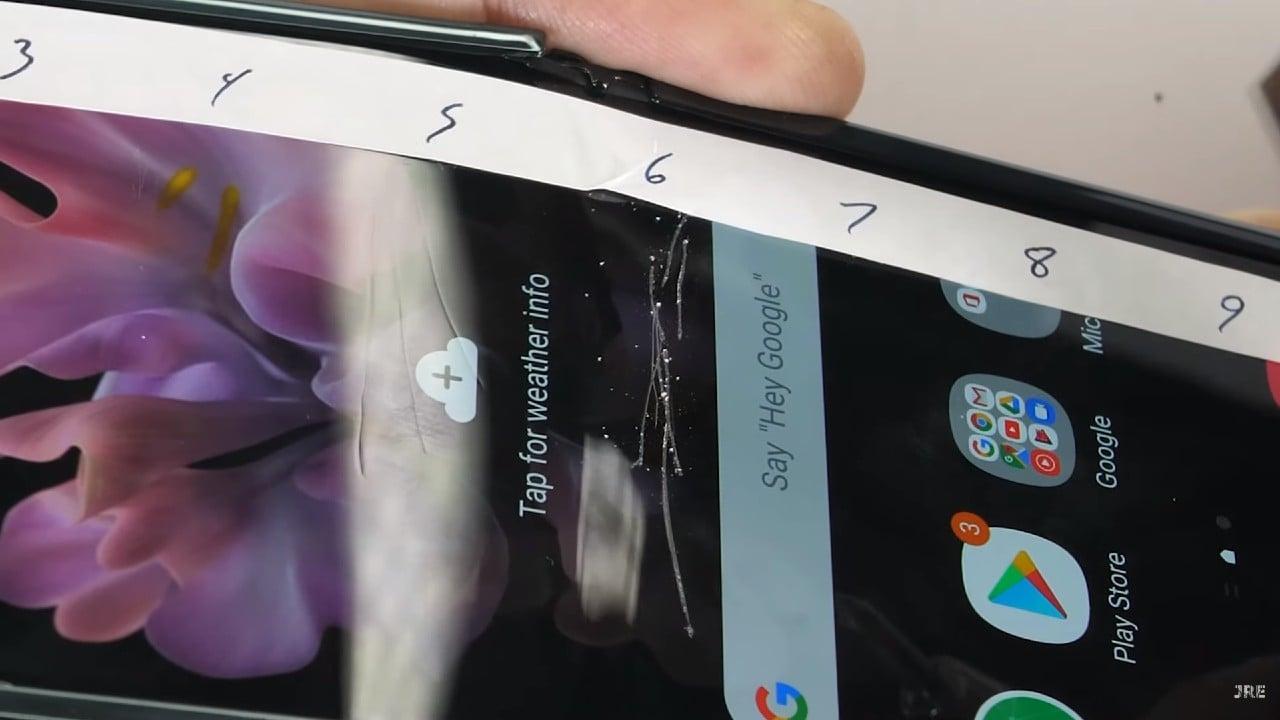 Samsung Galaxy Z Flip odolnost displeja