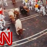 Run with the bulls in Pamplona - 360 Video