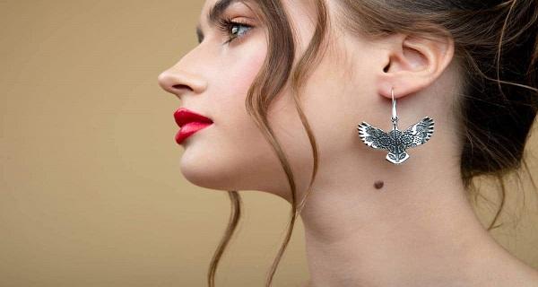 boucles d'oreilles pour femme - un bijou de choix pour la beauté d'une féminine