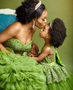 Maternité noire : de l'universel au singulier