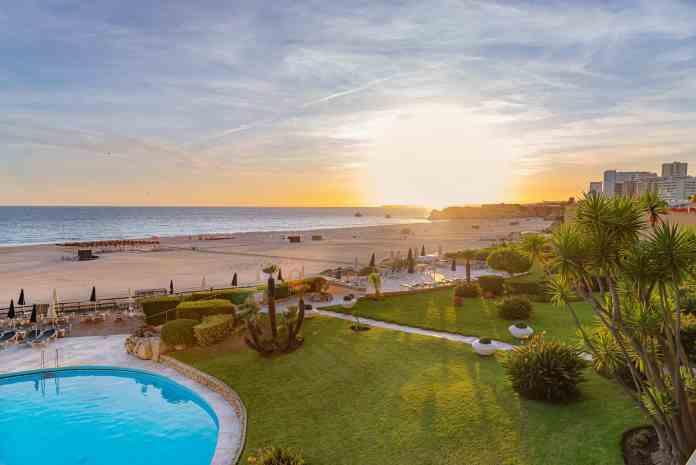Hotel Algarve Casino, na Praia da Rocha