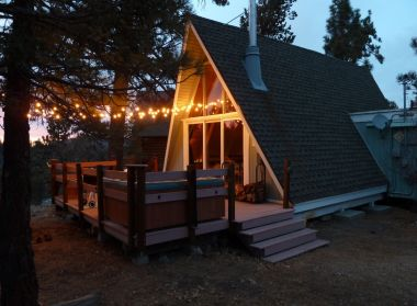 Rustic A-Frame Cabin with Spa, Near Golf Course