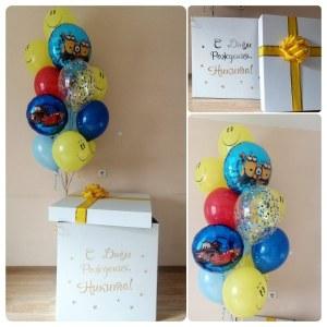 Коробка сюрприз с шарами Смайлик