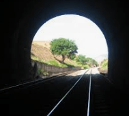 894 luz no fim do tunel
