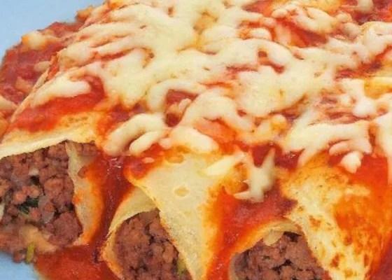 Panqueca de carne moída para almoço ou jantar