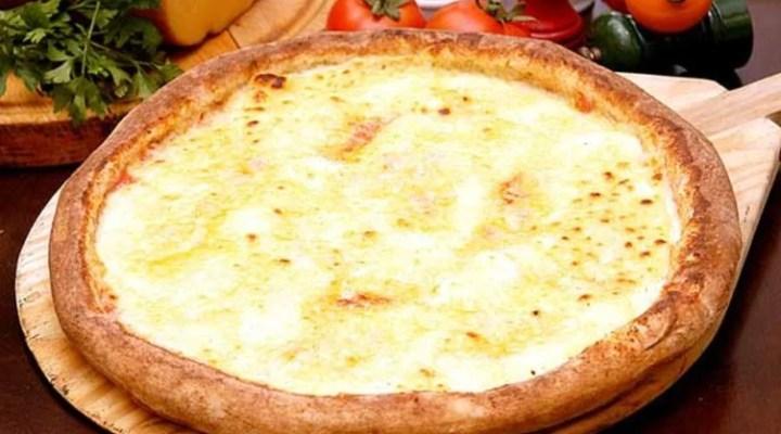 Pizza de quatro queijos, como preparar uma deliciosa pizza caseira e econômica