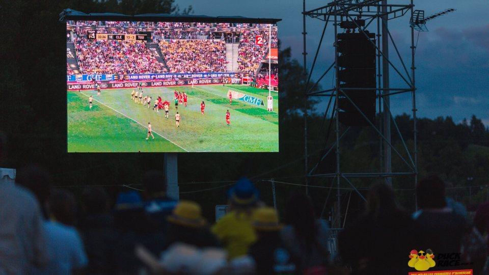Rediffusion d'un match de finale lors d'un événement à Vichy