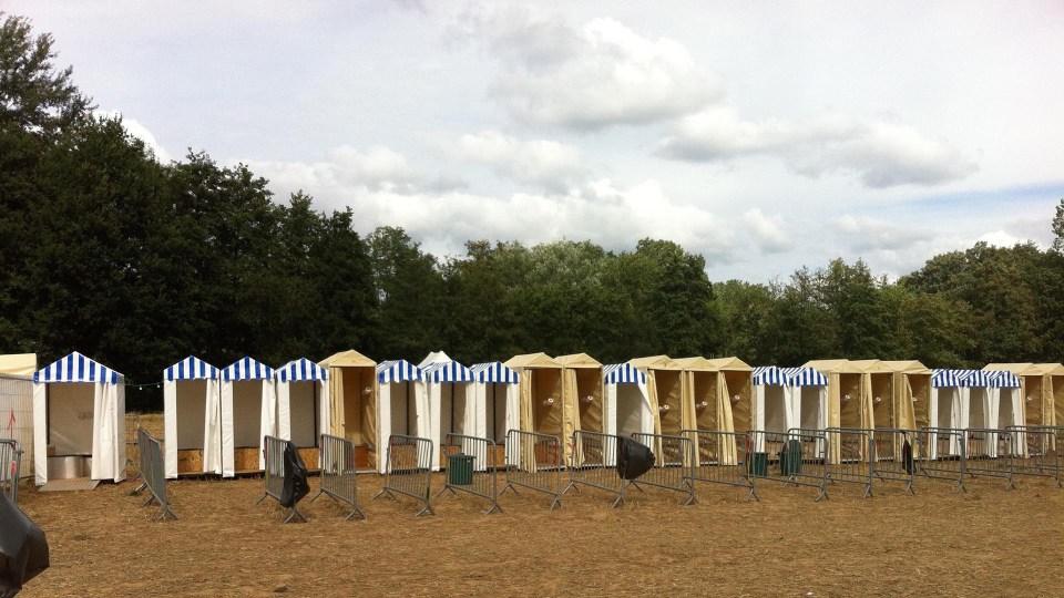 Toilettes sèches démontables pour un festival