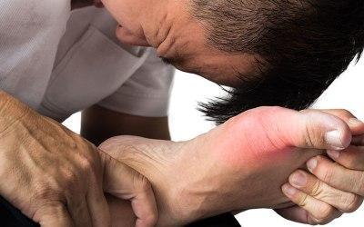 急性痛风发作要痛几久?