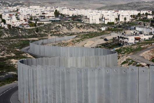 160503Israel-apartheid-wall